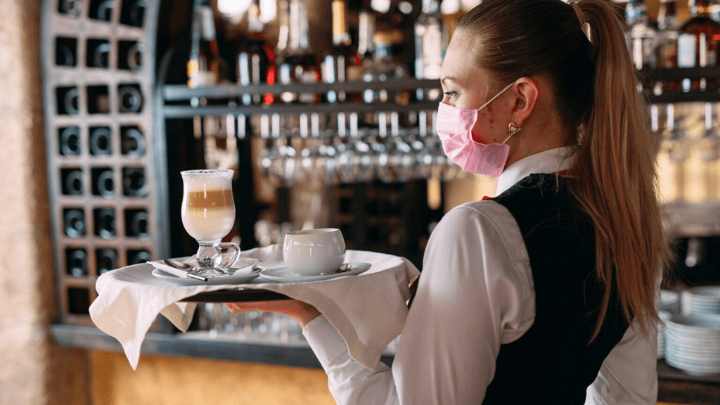 cameriere bar